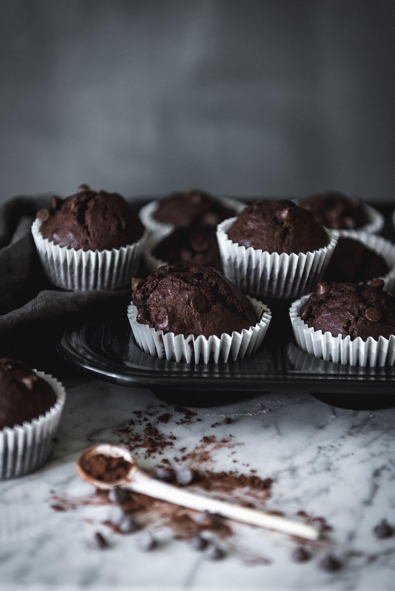 Muffins de chocolate y Yogur receta paso a paso apta para principiantes
