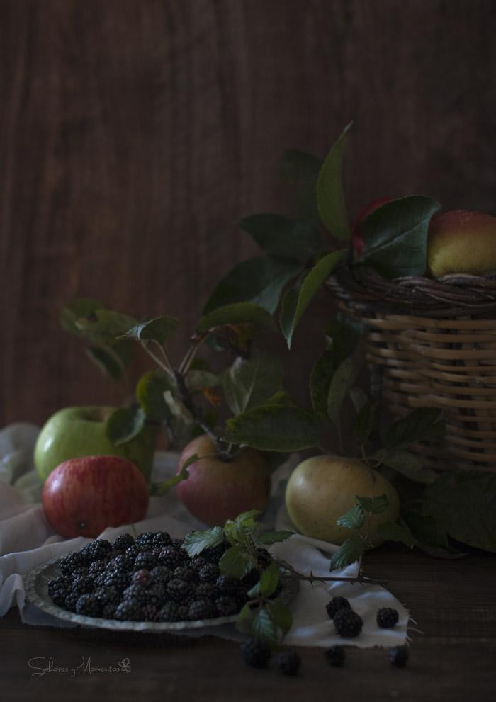 manzanas-y-moras-de-temporada