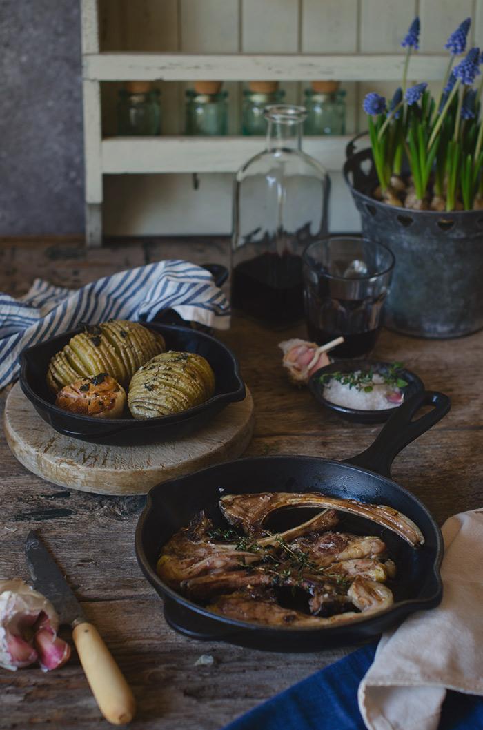 Costillas-y-patatas-al-horno