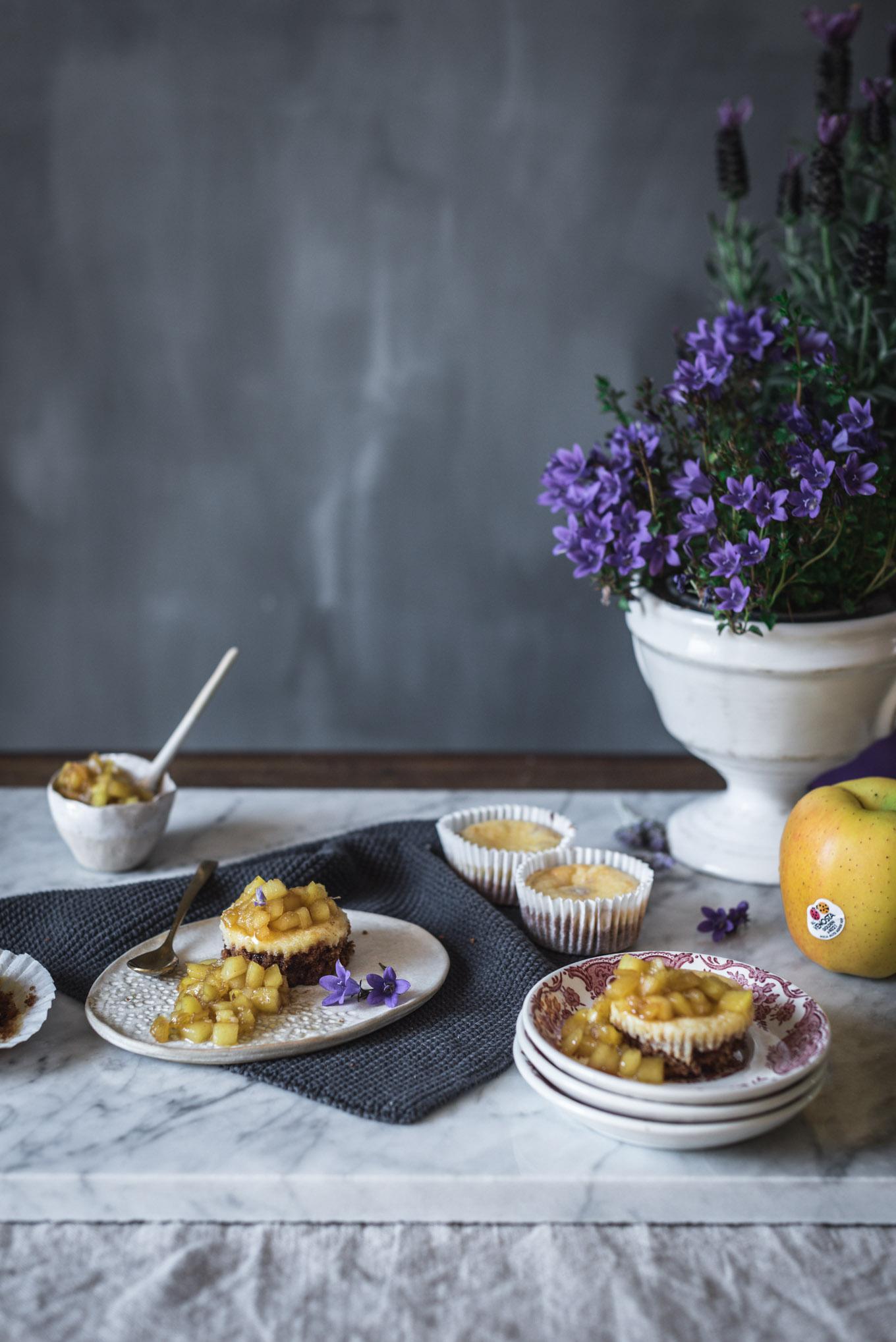 Receta cheesecake con manzana caramelizada